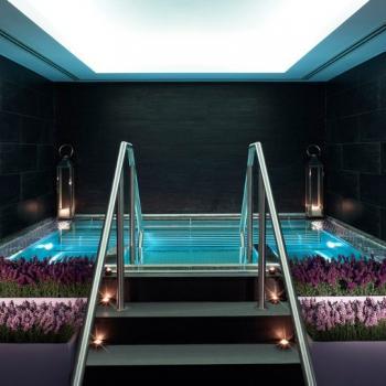 Zona de aguas en el The Chuan Day Spa, del hotel  Langham (Londres)