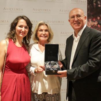 Drolma Lizcano, CEO de ALQVIMIA, Beatriz de Orleans e idili Lizcano, fundador y presidente de la firma.