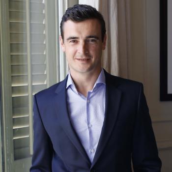 Dr. Joaquim Muñoz, cirujano plástico, especialista en cirugía oncológica y reconstructiva