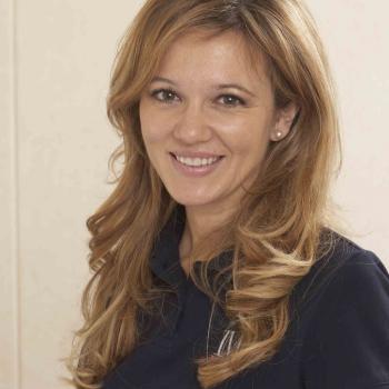 Dra. Gema Pérez Sevilla, jefe de la Unidad de Cirugía Facial Mínimamente Invasiva de IML